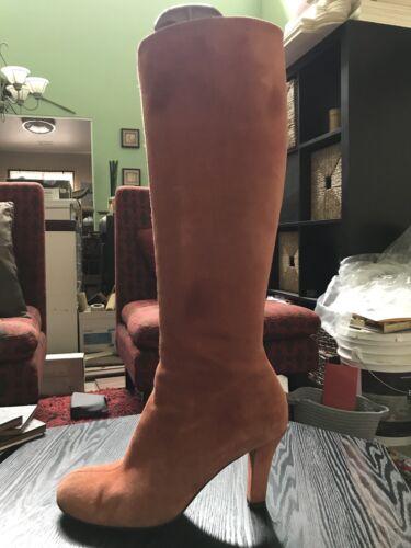 Gorgeous Authentic GUCCI Burnt Orange Suede Heel K