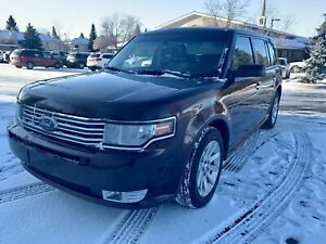 2010 Ford Flex in immaculate condition