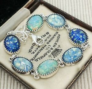 Vintage-Shades-of-Blue-Glass-Fire-Opal-Small-Oval-Cabochon-Bracelet