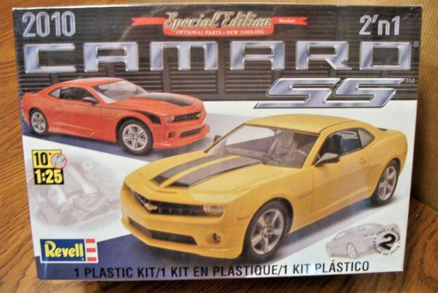 REVELL 2010 CAMARO SS  2'n 1 MODEL KIT 1/25 SCALE SPECIAL EDITION SERIES