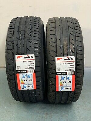 TYRE ULTRA HIGH PERFORMANCE UHP XL