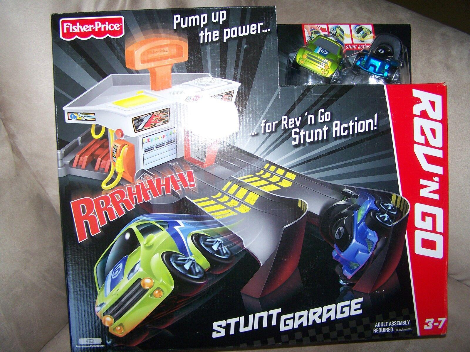Fisher Price REV 'N GO STUNT GARAGE   Pretend play