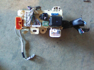 image is loading 96-97-1996-1997-toyota-corolla-relay-fuse-