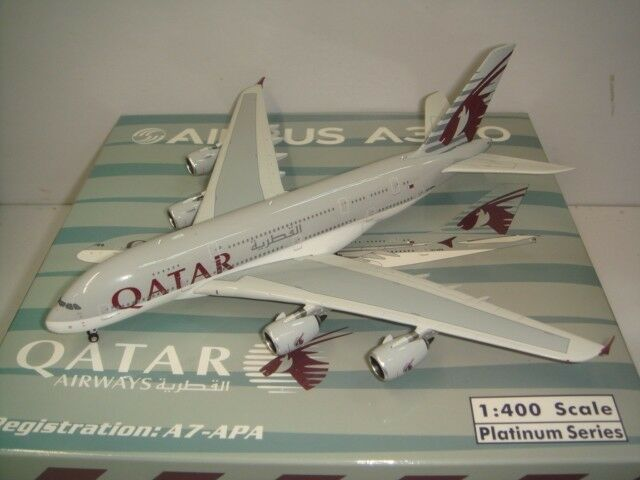 Phoenix 400 Qatar Airways QR A380-800  2000s color  1:400