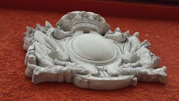 Wandbild Fassadenstuck Wappen 88 cm hoch Skulpturen Gartendekoration Relief