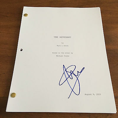 Signed Full Movie Script Ad2 Coa Clear-Cut Texture Gfa The Revenant Jim Bridger Will Poulter