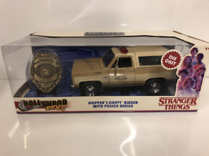 Stranger-Things-Hoppers-Chevrolet-Blazer-1-24-Scale-Jada-31111