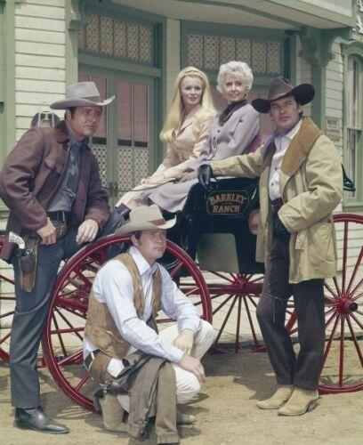 THE BIG VALLEY photo 024 Lee Majors Linda Evans Barbara Stanwyck Peter Breck
