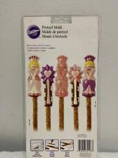 Wilton,Clear Plastic,2115-1032 Butterfly,Garden,Chocolate Candy Pretzel Mold