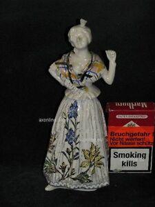 + # A001330_03 Goebel Archive Motif Rococo Dame Femme Tient Un Bras élevé Ff319-afficher Le Titre D'origine Attrayant Et Durable
