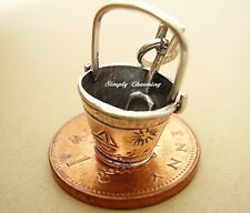 BEAUTIFUL ' BUCKET & SPADE ' MOVING STERLING SILVER 3D CHARM