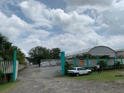 Bodega comercial en renta, Cd. Hidalgo, en parque industrial, superficie de 1,000 m2, con oficinas c