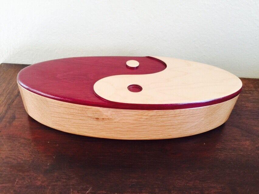 David Levy artiste fait 12  Yin Yang Couvercle Boîte  en bois signé EUC  sortie en ligne