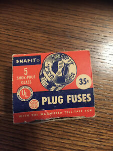 Vintage-Fuses-5-SHOK-PRUF-Glass-SNAPIT-PLUG-FUSES-Magnified-Tell-Top-20-Amp