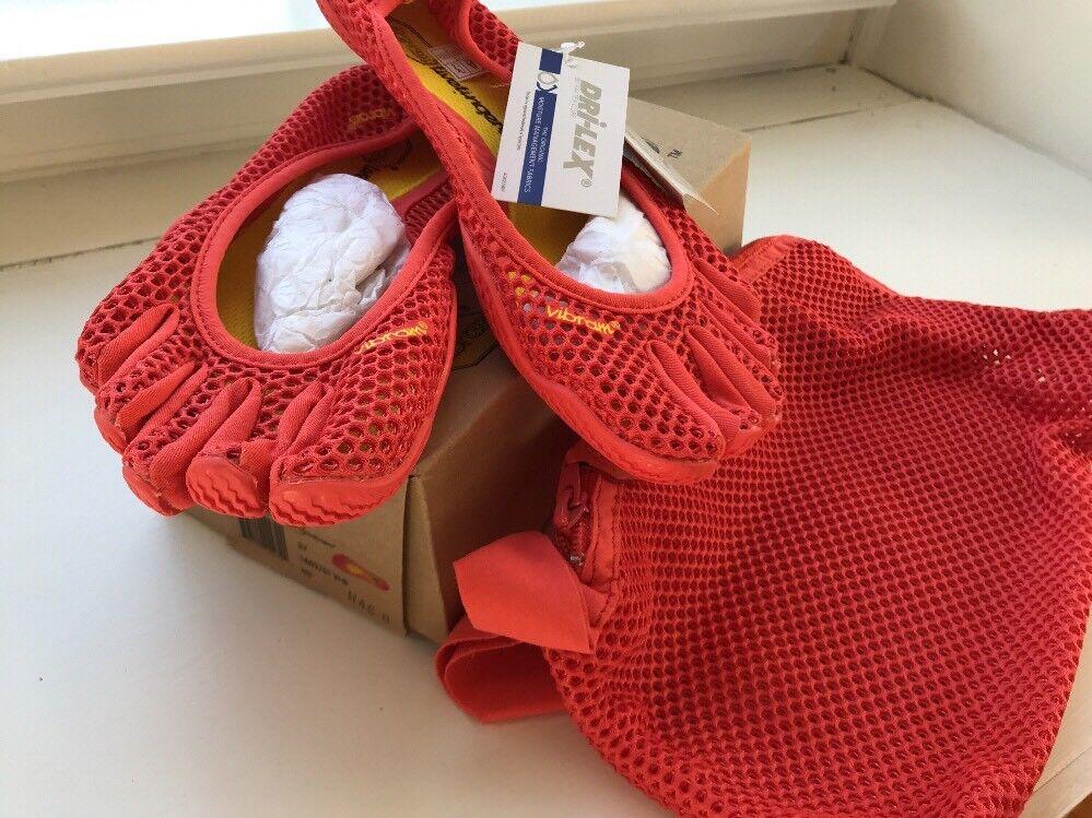 NIB New Women's Vibram Fivefingers VI-B Fitness Yoga shoes red 37 EU  6.5 M US
