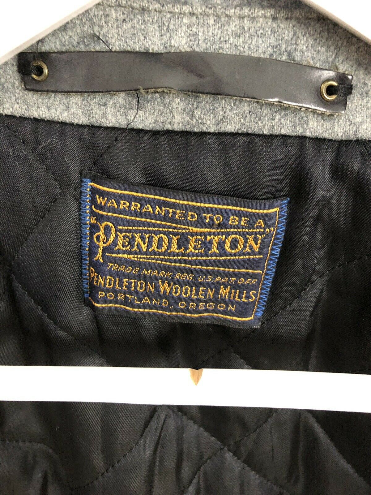 PENDLETON Vintage Overcoat - 44R - Wool - grau - - - Great Condition - Men's | Stabile Qualität
