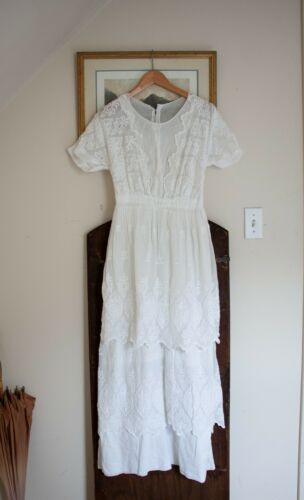 Antique Edwardian 1910s Tiered Embroidered Floral