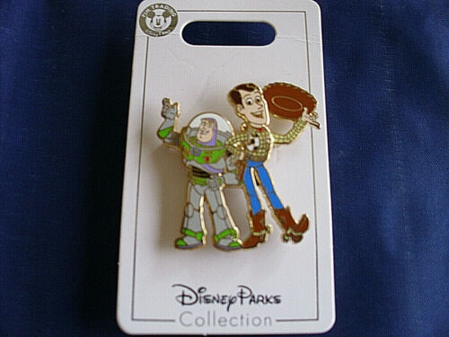 TIPPING HAT TOY STORY New on Card Trading Pin Disney BUZZ /& WOODY WAVING
