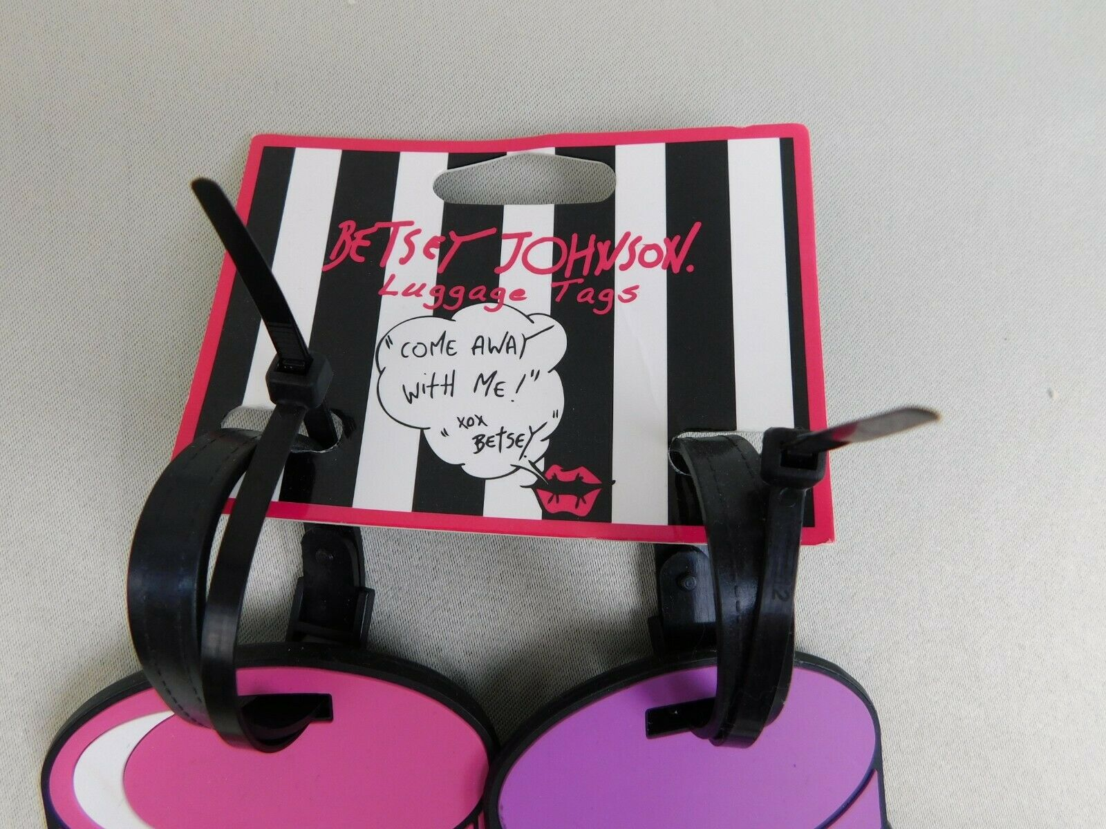 BETSEY JOHNSON LUGGAGE TAGS  PEANUT BUTTER AND JELLY BT2