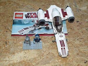 Star-Wars-Freeco-Speeder-Set-8085-avec-Minifiguren
