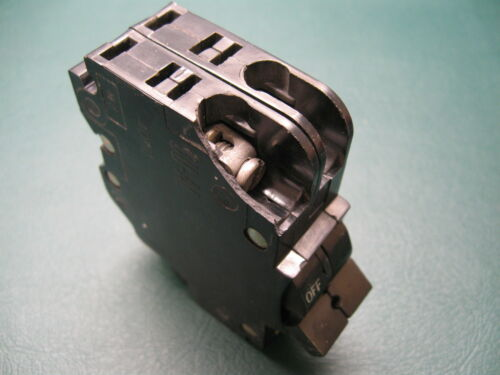 """Chipped Plastic Federal Pacific 20 Amp Stab-lok 2 Pole 1/"""" Thin Breaker SAVE!"""