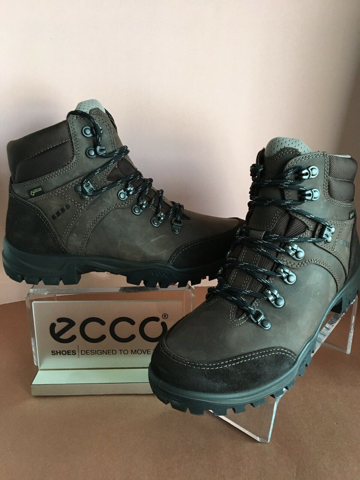 Ecco  Women's Xpedition III high cut GTX boot, 81183-02072 size 42, First Quality  high discount
