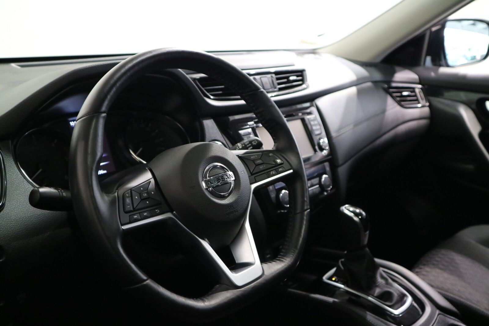 Nissan X-Trail 1,75 dCi 150 N-Connecta X-tr. 7prs - billede 3
