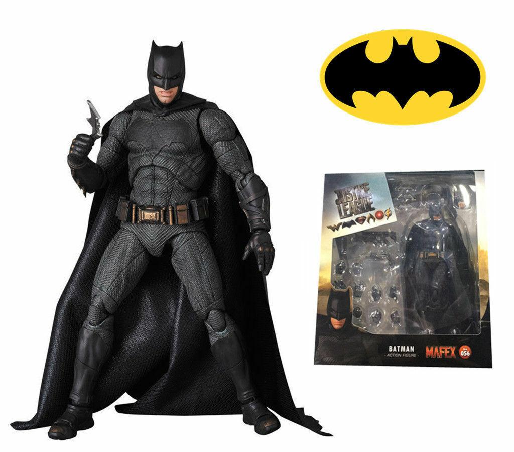 056 DC Comics Justice League Batman PVC Action Figure New In Box Mafex No