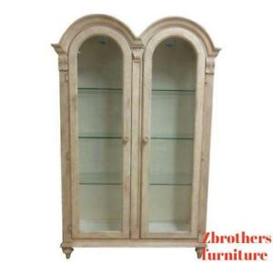 Details About Bernhardt Paint Decorated Camel Hump Curio Crystal Cabinet Breakfront Hutch