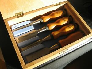 SHEFFIELD STEEL WOODEN HANDLE WOOD CHISELS BOXED SET OF 4