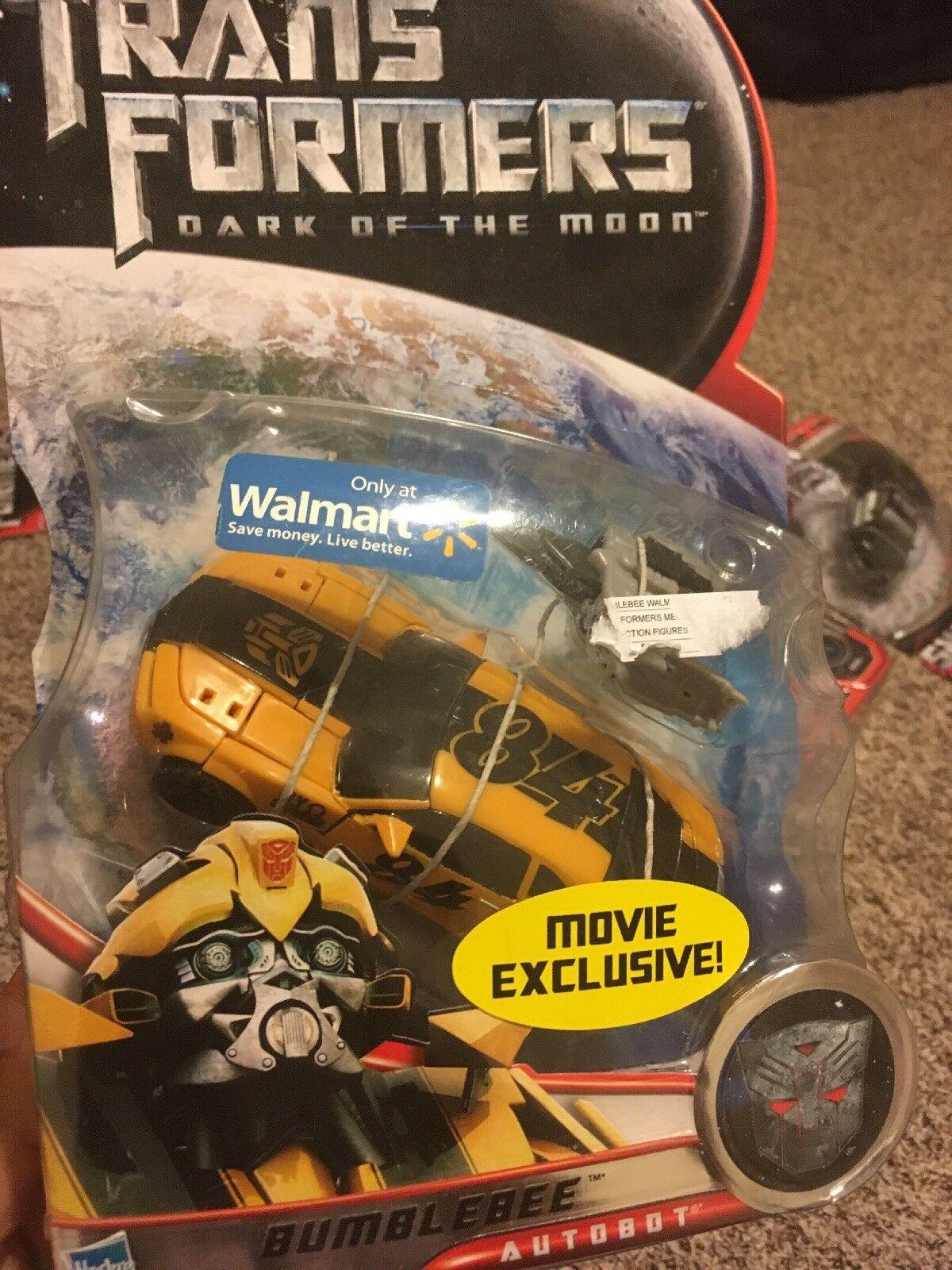 Transformers DOTM Walmart Movie Exclusive Deluxe Class Bumblebee MISB Hasbro