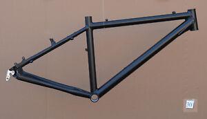 Mountainbike-Rahmen-41-cm-Alu-schwarz-matt-26-034-Disc-amp-V-Brake-STD-NR030