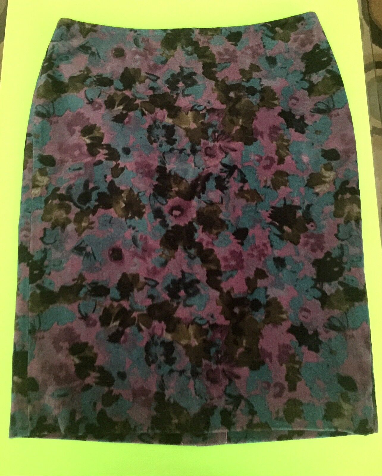 TALBOTS - Women Cotton Floral skirt, Size  8, 1 ONLY