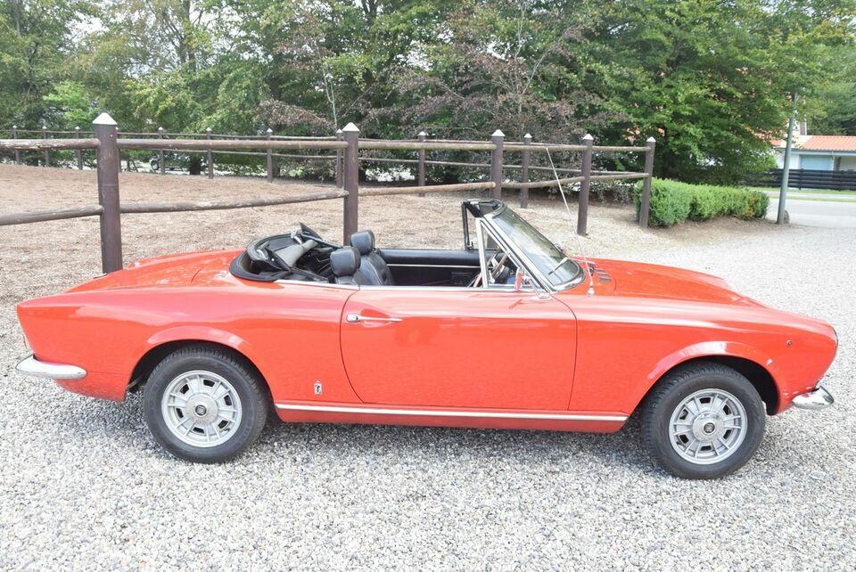 Fiat 124 1,4 Sport Spider Benzin modelår 1968 km 0 Rød