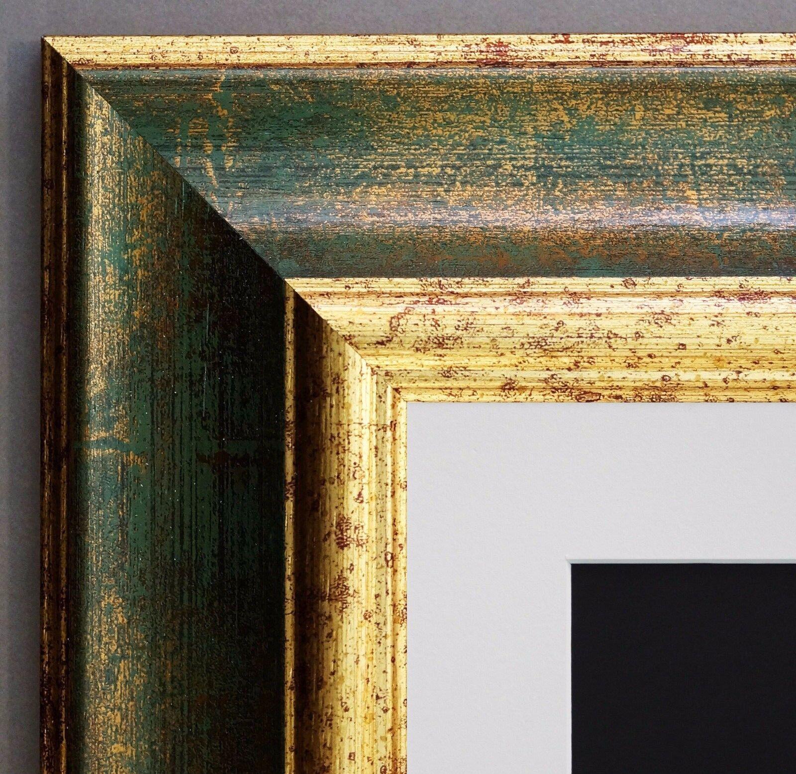 Bilderrahmen Acta Grün Gold Antik mit Passepartout in Weiss 6,7 - alle Größen