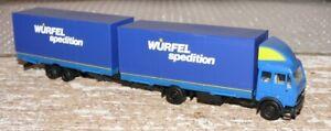 P11-Herpa-Mercedes-Benz-Tandem-Haengerzug-Wuerfel-Spedition