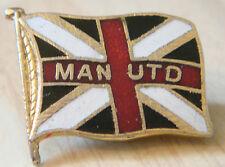 MANCHESTER UNITED Vintage Flag type badge Brooch pin in gilt 26mm x 21mm