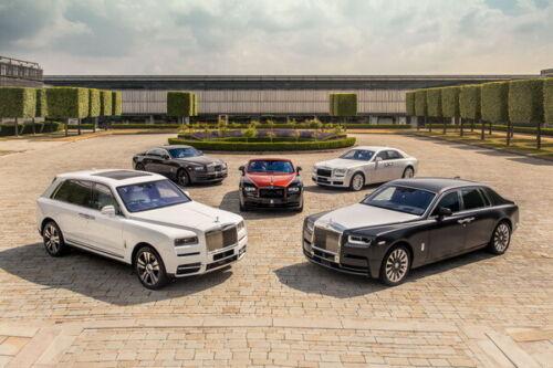 """Phantom Ghost Cullinan Super Luxury CAR 21/""""x14/"""" Poster 025 Rolls Royce"""