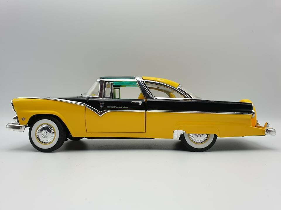 1955 Ford Fairlane Crown Victoria, 1 18, Road Legends