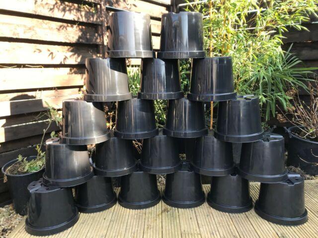 20 X 10 Litre Plastic Plant Pots - NEW