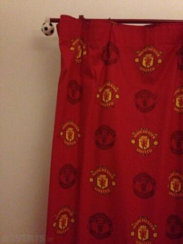 Extra Large-Manchester United Football Rideaux Enfants Man Utd 66 x 72 in environ 182.88 cm