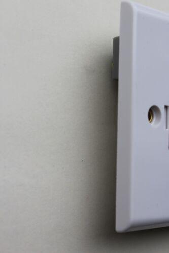 DETA S1370 Slimline Blanc 13 A Fusible Interrupteur Unité de raccordement marqué Lave-linge Sèche-linge