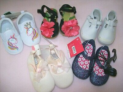 INFANT GIRL BABY SHOES: Size 3. NWT