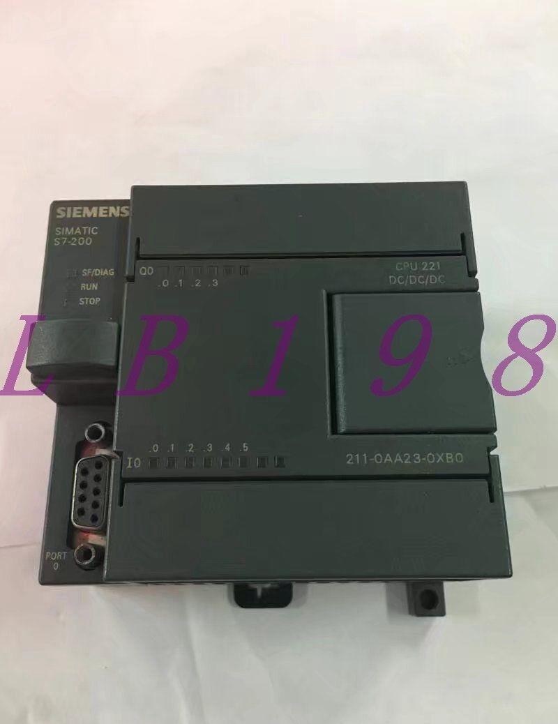 ONE USED SIEMENS 6ES7 211-0AA23-0XB0