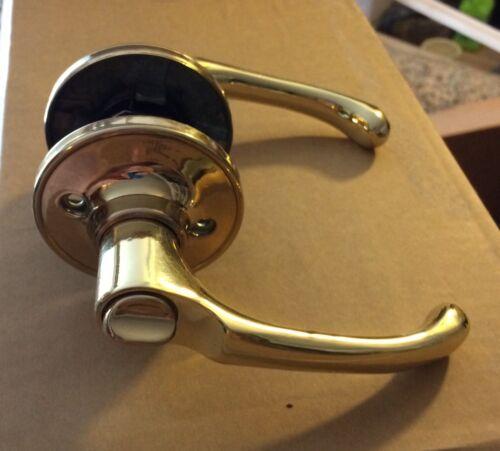 Callan Newport Privacy Lever Lock Polished Brass #502T-NE-US3
