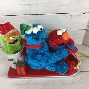 Gemmy-Sesame-Street-Sleigh-Ride-Elmo-Cookie-Monster-Oscar-NOT-WORKING