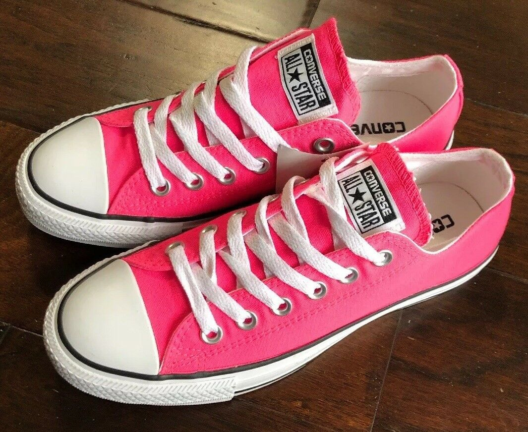 Men's Size 5 W-7 Knockout Pink White Black Lowtop Converse CT All Star Sneakers