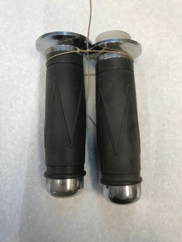 OEM NEW CHINESE MOPED//SCOOTER G4-6 HAND GRIPS 2