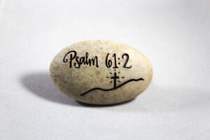 Comfort Stone Believe Cross Stone High Quality Resin Stone 1.5 inch Brand NEW