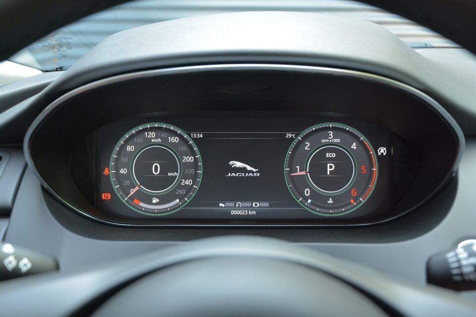 Jaguar E-Pace 2,0 D180 aut. AWD Diesel 4x4 4x4 aut.